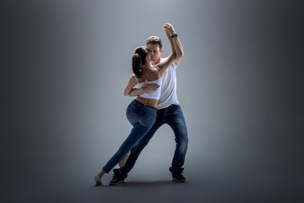 латина парные танцы